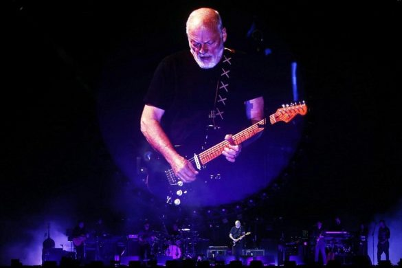 British musician David Gilmour performs on stage during his concert at Julio Martinez National Stadium, in Santiago, Chile, 20 December 2015.      ANSA / MARIO RUIZ