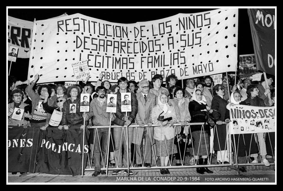 Marcha apoyo a la CONADEP 20-9-1984 Archivo Hasenberg-Quaretti