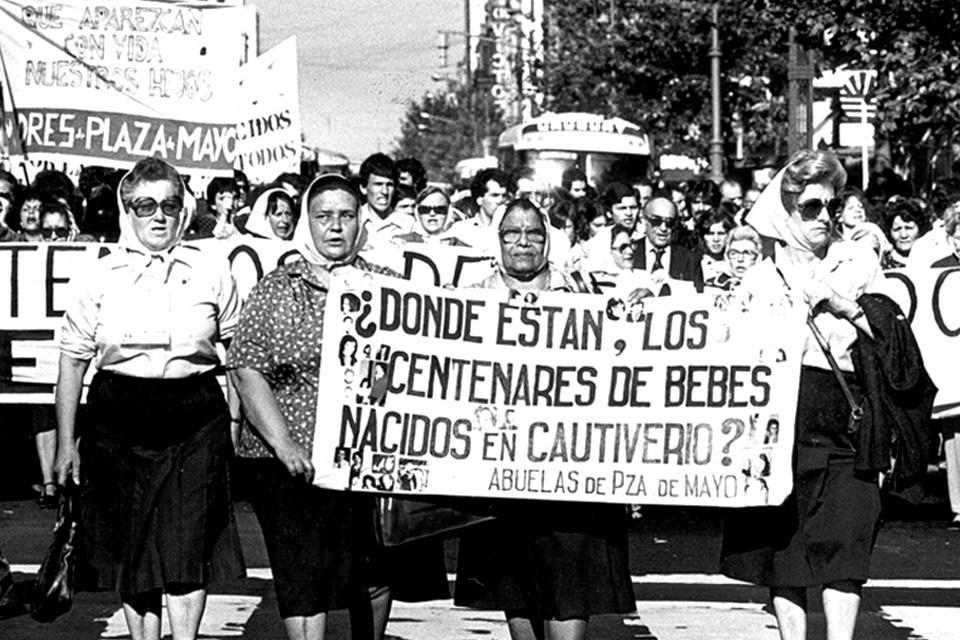40 años de Abuelas de Plaza de Mayo: ¿Qué hicieron por Argentina?